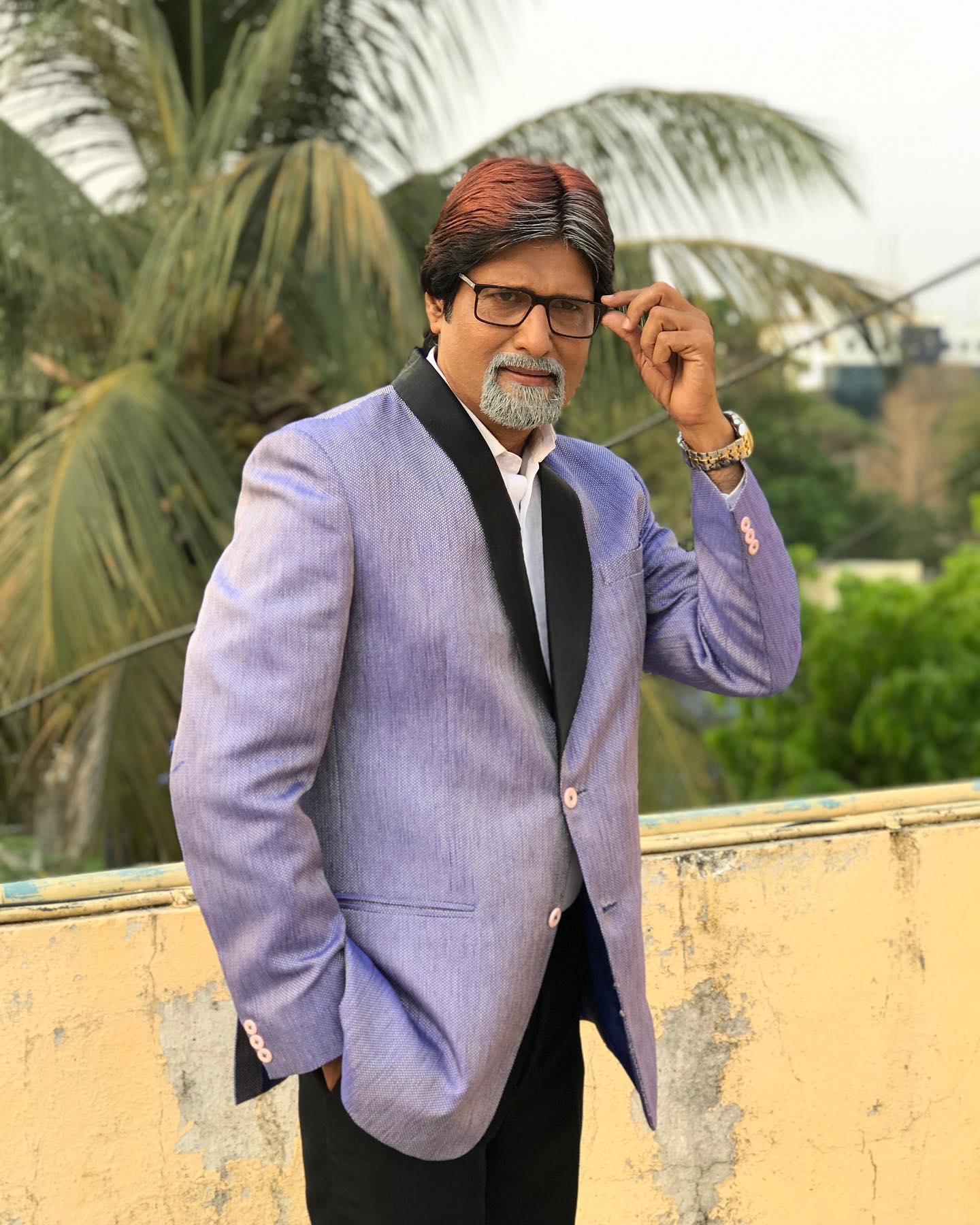 No.1 Viral Duplicate of Amitabh Bachchan - Shashikant Pedwal Real Face, Photos, Contact No. Life Story, & more